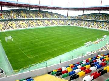Oliveirense vai jogar em Aveiro pelo menos até  janeiro de 2019