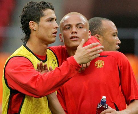 Manchester United: Brown pára seis semanas