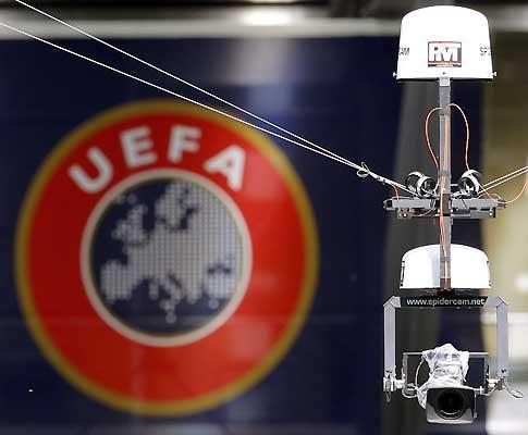 UEFA cria comité para controlar finanças dos clubes