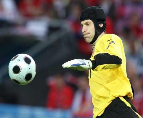 Petr Cech eleito melhor jogador checo do ano