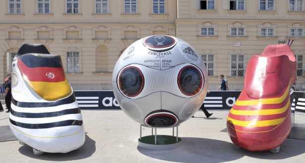 Há quatro candidaturas ao Euro 2016