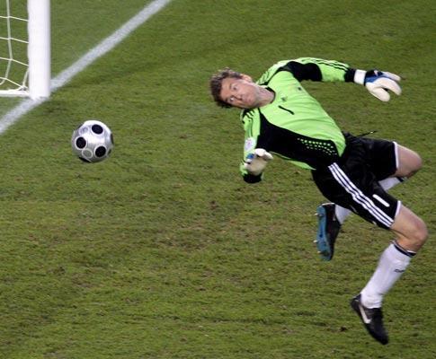Alemanha: Bierhoff corta sonho de Lehmann de voltar à selecção