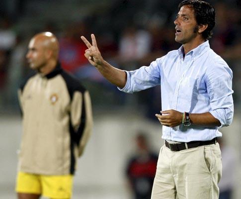 Benfica: Quique chama cinco juniores para o Bessa