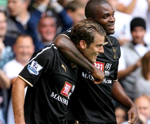 Inglaterra: Tottenham vence, Newcastle ainda em penúltimo