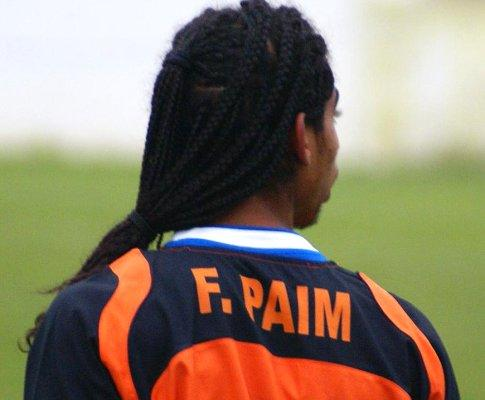 Fábio Paim treina no Estoril, à espera do Sporting