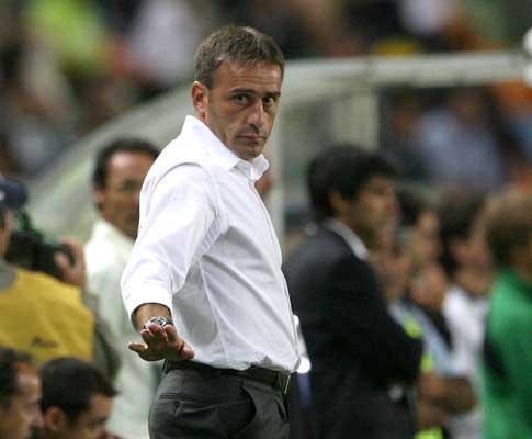 Sporting: Miguel Veloso ainda de fora por opção