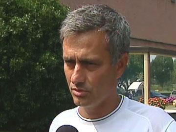 Mourinho: «Em Portugal espera-me a velhice e a selecção»