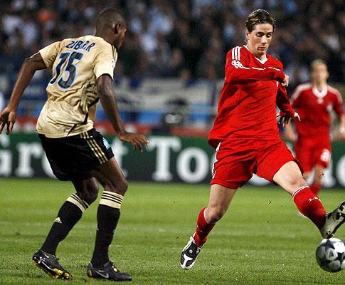 Atenção Benfica: Liverpool goleia e Torres mostra grande forma