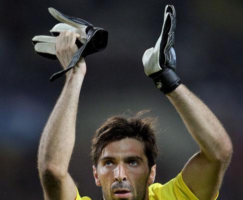 Buffon assume: «O scudetto é do Inter»