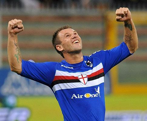 Golaço de Cassano levou guarda-redes da Juventus a partir a mão
