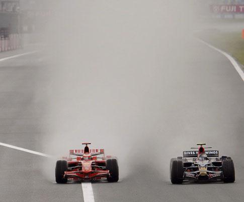 F1: chuva interrompe G.P. da Malásia