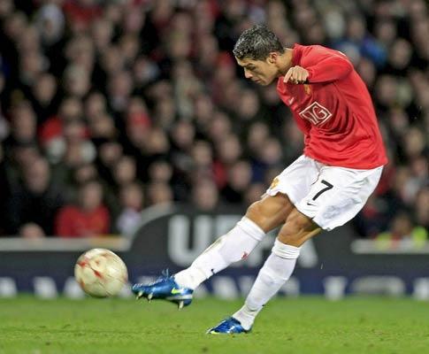 Man. United perde com Fulham (0-2) e soma segunda derrota seguida
