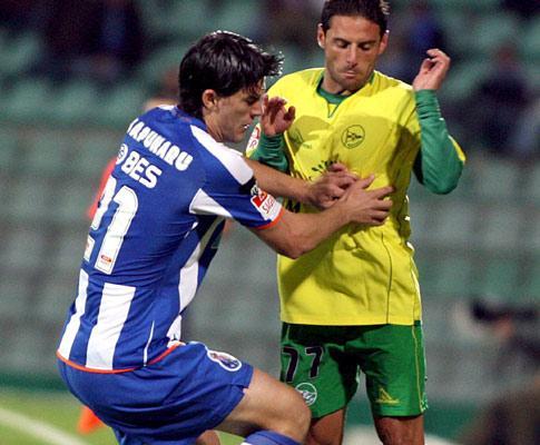 F.C. Porto: Sapunaru pode ser opção para o At. Madrid
