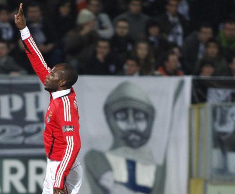 Benfica: Amorim e Suazo recuperam para final da Taça da Liga