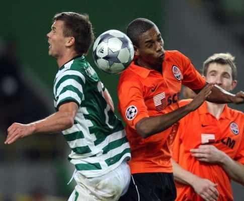 Sporting regressa de folgas ainda com Izmailov limitado