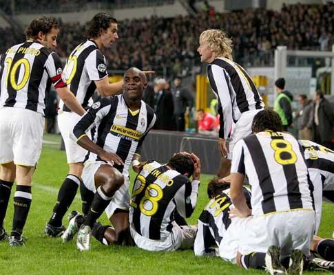 Taça de Itália: Juventus com Tiago perde frente à Lázio