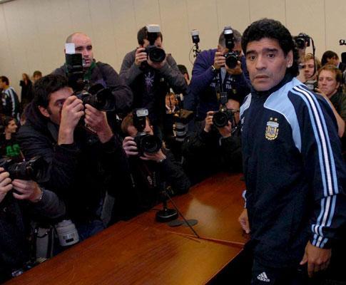 Argentina: repórteres e mascotes já não entram no relvado