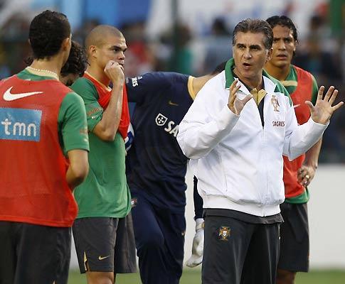 Pepe: «Para ajudar Portugal até jogo a ponta de lança»
