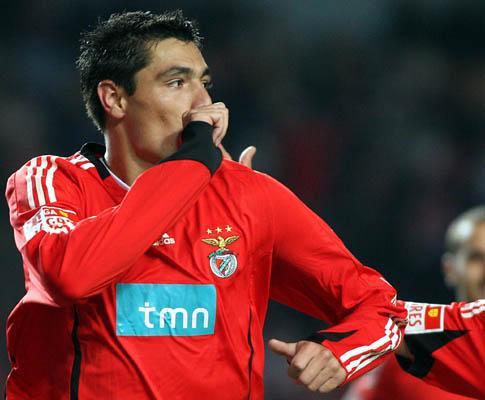E. Amadora-Benfica, 1-2 (ficha)