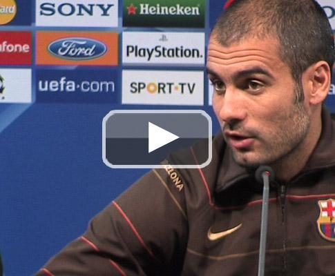 Guardiola trauteia Amy Winehouse em conferência (vídeo)