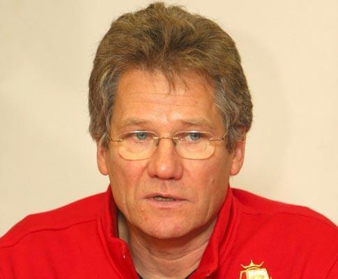 Bélgica: Anderlecht e St. Liège goleiam e mantêm ombro a ombro