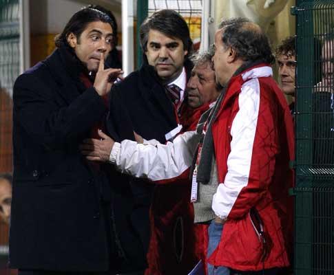 Rui Costa suspenso por injúrias ao árbitro no Benfica-Marítimo