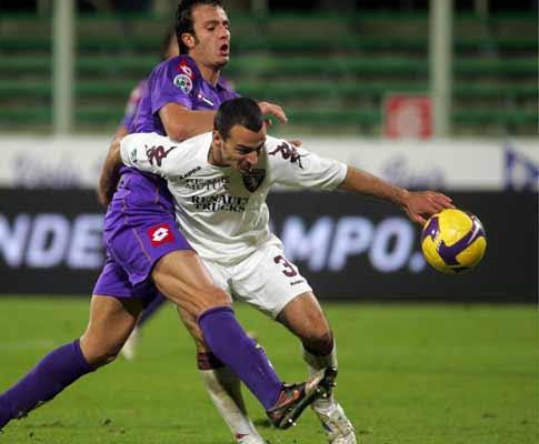 Itália: Fiorentina arranca vitória a ferros