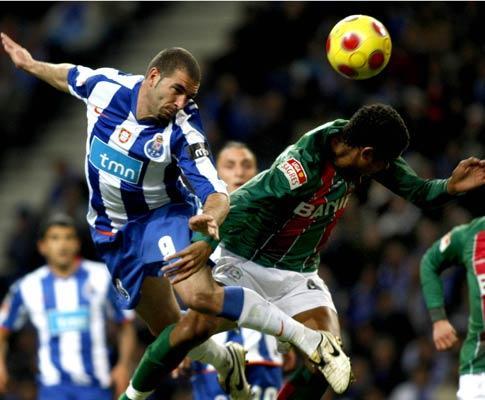 F.C. Porto: Lucho no ginásio, Lisandro com gripe