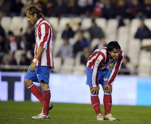 Espanha: Atlético Madrid humilhado no El Sardinero (1-5)