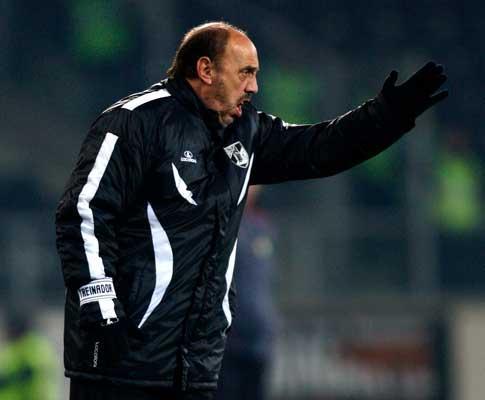 Cajuda: «O penalty é duvidoso mas há falta no primeiro golo deles»