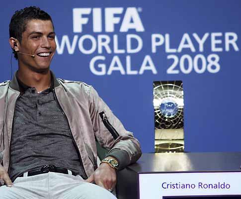 Quem veste pior no Man. Utd? «Cristiano Ronaldo», diz Giggs