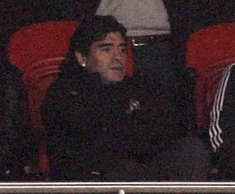 Maradona e os «baixinhos» do ataque: «Têm um futuro brilhante»