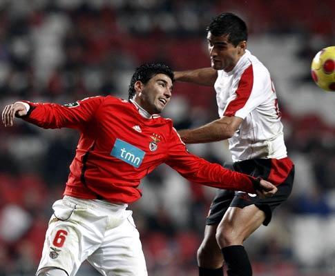 Benfica: Reyes sem limitações, Katsouranis ausente