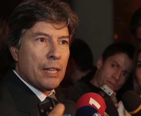Sporting critica silêncio de Vítor Pereira