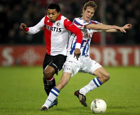 Holanda: Ajax dá sete, Feyenoord cinco
