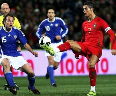 Ranking FIFA: Portugal volta ao «top 10»