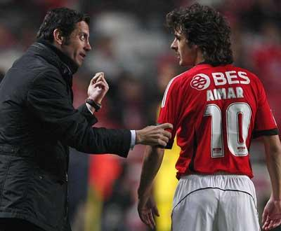 Benfica: Aimar e Reyes em gestão de esforço