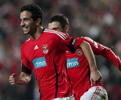 Nacional-Benfica (onzes): Ruben Amorim e Coentrão nas laterais