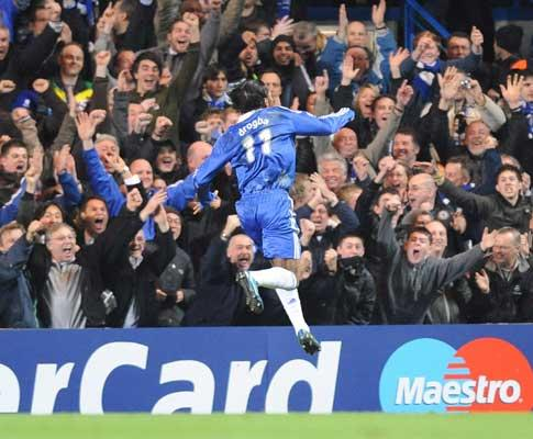 Liga dos Campeões: Claus Bo Larsen apita Liverpool-Chelsea