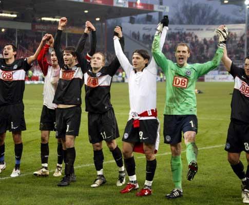 Alemanha: Hertha segura liderança, Hoffenheim cai para quarto