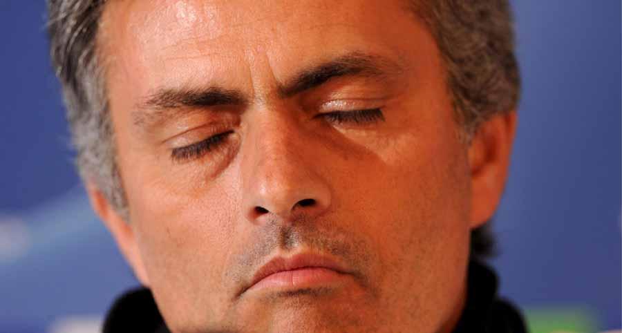 José Mourinho: expulsão vale multa de 10 mil euros