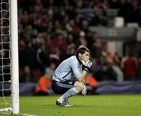 Casillas: «Trocaria de lugar com o Barça agora mesmo»