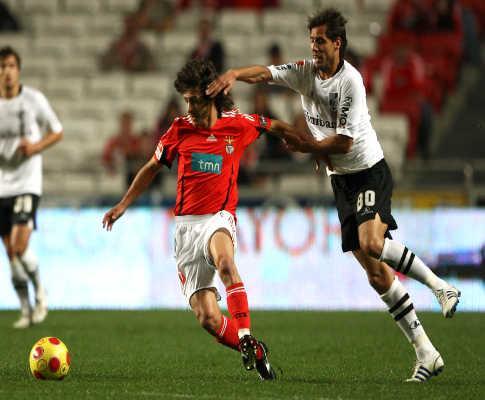 Benfica: Aimar tem queixas e não treina