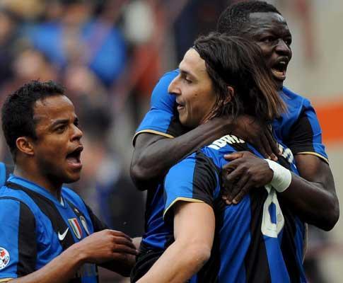 Itália: Ibrahimovic assume que está a pensar deixar o Inter
