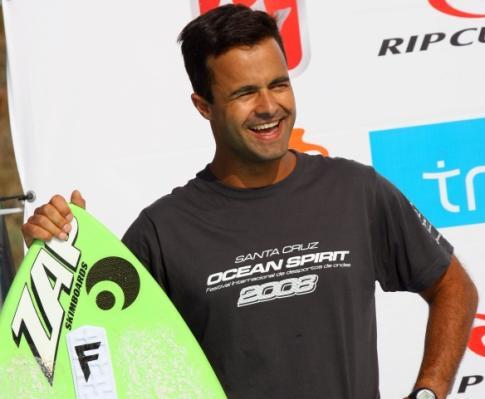 Desportos de Ondas: Santa Cruz recebe onze campeonatos