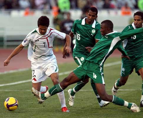 Mundial-2010: José Peseiro estreia-se com vitória no Irão
