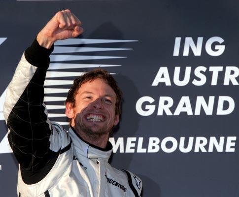 F1: Button volta a vencer, Malásia só teve «meia corrida»