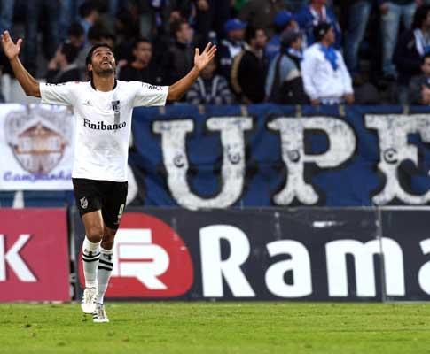 Roberto (V. Guimarães): «O terceiro golo matou o jogo»