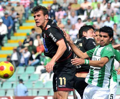 Sp. Braga: Orlando Sá tem lesão no joelho direito