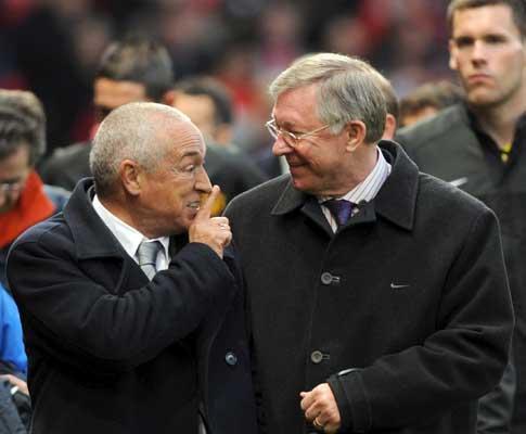 Ferguson critica Ronaldo por «oferecer» golo ao F.C. Porto